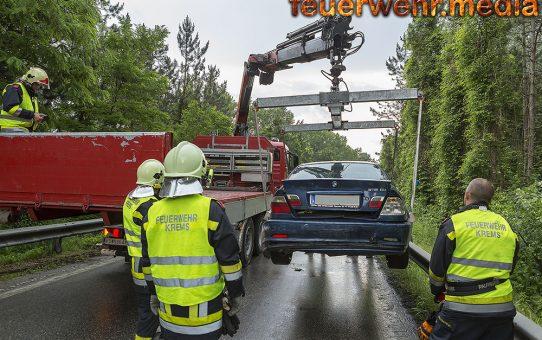 Unfall mit drei Fahrzeugen auf der Abfahrt Palt der B37a