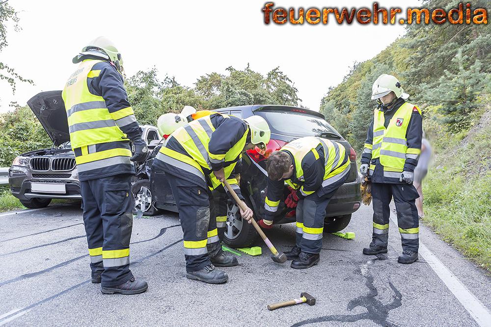 Unfall mit zwei Fahrzeugen zwischen Egelsee und Krems