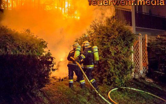 Alarmstufe B3 bei Wohnhausbrand in der Ufergasse