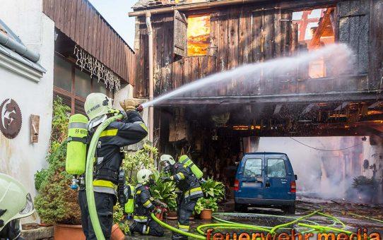 Mehrere Häuser bei Großbrand in Krems zerstört
