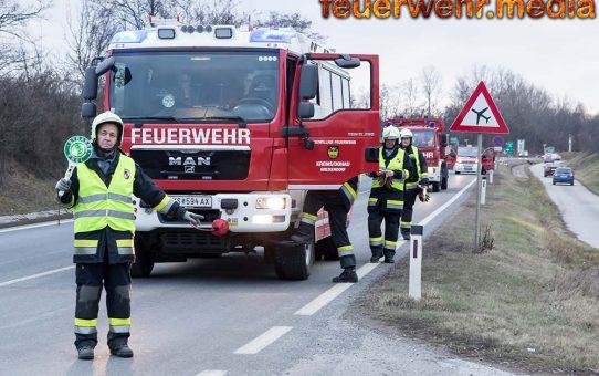 Fahrzeugbergung nach einem Auffahrunfall auf der B218