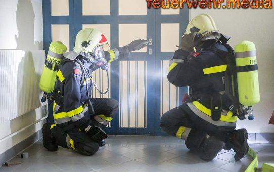 Übung - Brand in einer Zelle der Polizeiinspektion Krems