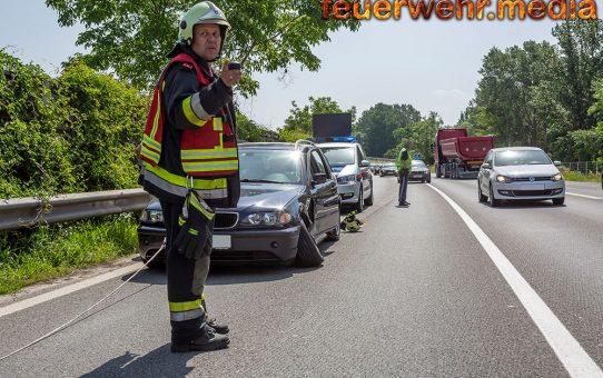 Rasche Fahrzeugbergung nach Unfall auf der S5