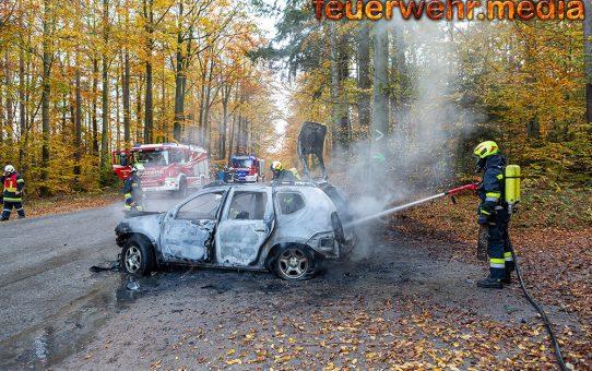 Fahrzeug auf der L7039 bei Dross komplett ausgebrannt