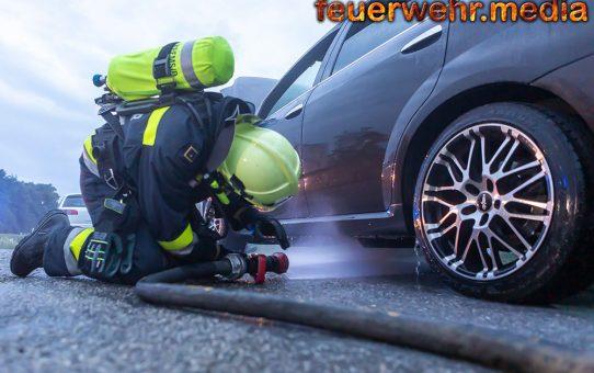Fahrzeugbrand auf der B218