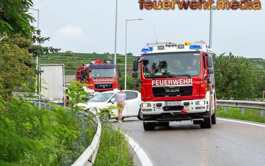 Fahrzeugbergung bei B37 Abfahrt Krems Nord