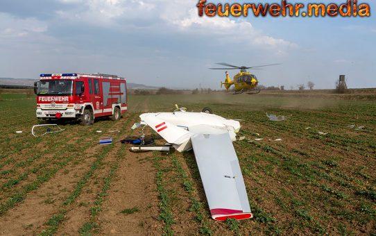 Segelflugzeug bei missglückter Außenlandung verunfallt