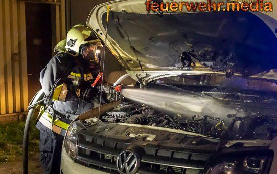 Fahrzeug am ehemaligen Eybl-Gelände in Brand geraten