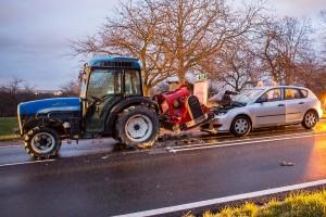 TE Brunnkirchen Pkw Traktor 3ß-Nov-2015-2