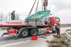 KR T1 Anhaengerbergung B218 27032018-22
