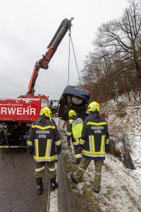Brandverdacht nach Verkehrsunfall auf der B37 am Gföhlerberg