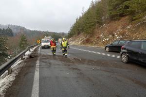 Unfall mit zwei Fahrzeugen auf der B37 im Bereich der Section Control