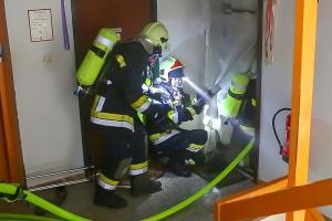 Wohnung nach Küchenbrand schwer beschädigt