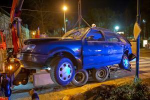 Drei Verletzte nach Unfall mit zwei Fahrzeugen auf der Ringstraße