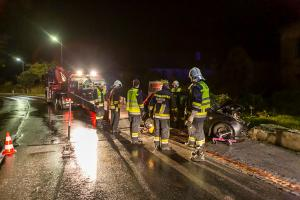 Fahrzeuglenker bei Unfall auf der Kremstalstraße verletzt