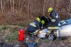 Vermeintliche Menschenrettung nach Unfall auf der L100