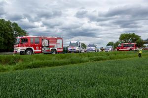 Zweifache Menschenrettung auf der B37 - Drei Feuerwehren im Einsatz